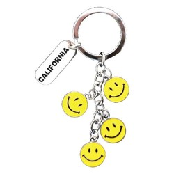 KEY CHAIN DANGLING SMILE FACE